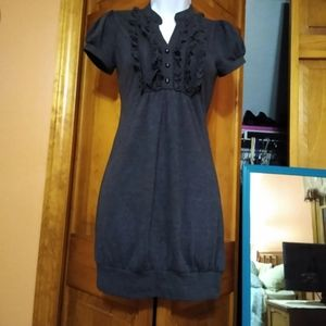 Sm.  gray dress with ruffles